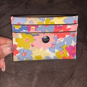 Charming Floral Coach Cardcase
